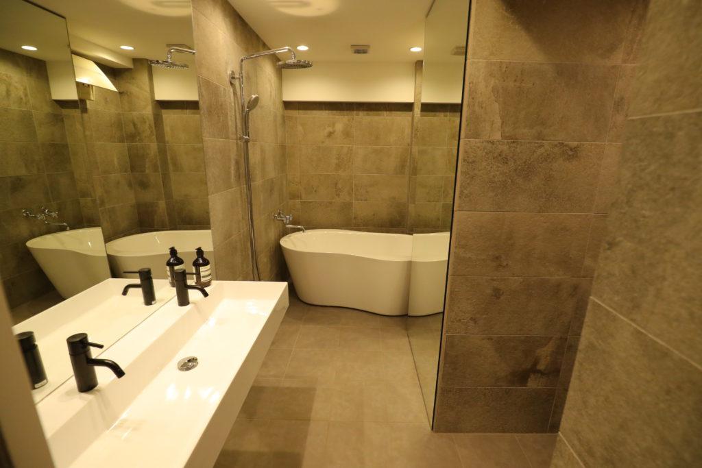 ハウシスタのリノベーションルーム(バスルーム)