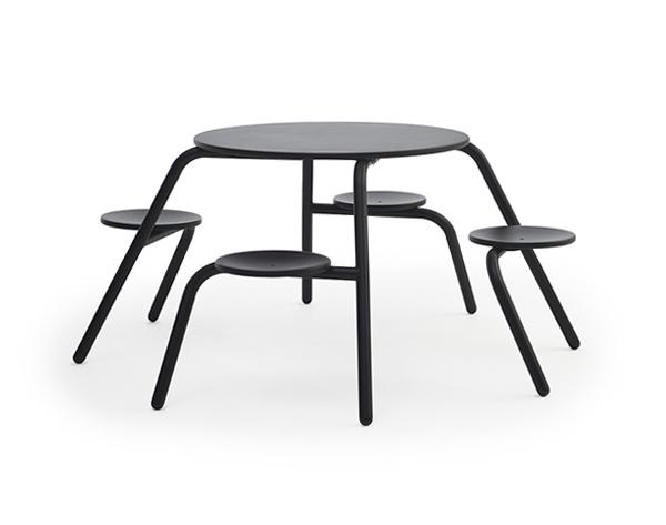 extremis(エクストレミス)のピクニックテーブル・ウイルス
