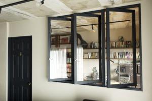 たくさんの光を取り入れられる室内窓(インナーウィンドウ)