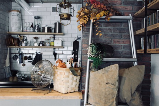 見せる収納を意識したリノベーション後のキッチン