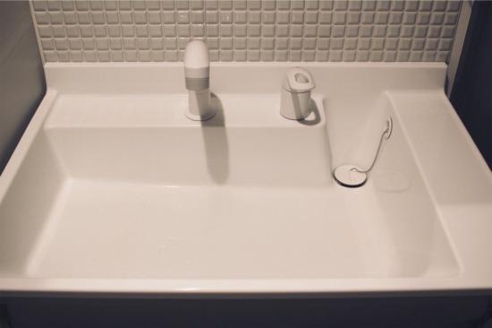 リクシルのユニット洗面台を一部DIY