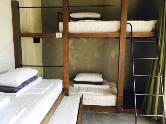 UNTAPPED HOSTEL個室ベッド