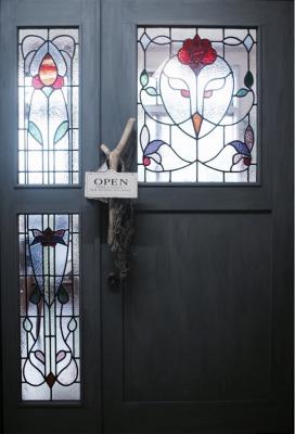 3baum(スリーバウム)入口のドア