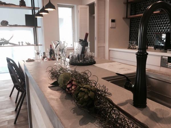 モルタルのキッチン