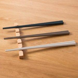 ニトリの食洗耐熱八角箸3膳