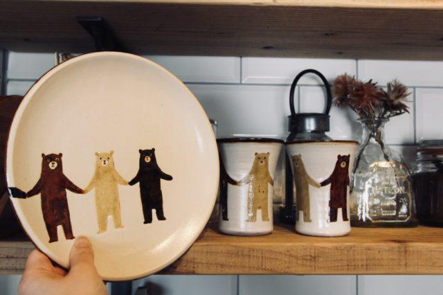 ぼくたちクマのお皿とカップ