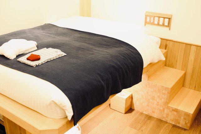 スキップフロアのあるベッドルーム