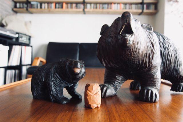 スイスの熊と八雲生まれの子熊