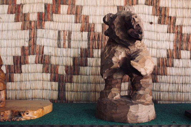 木彫りといえば熊