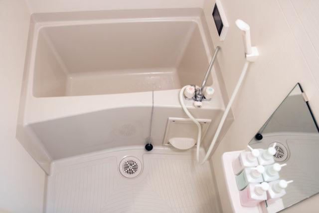 浴槽エプロンはカビ天国