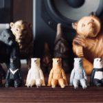 【座る熊】全員無表情!奇譚クラブのガチャガチャにジワる