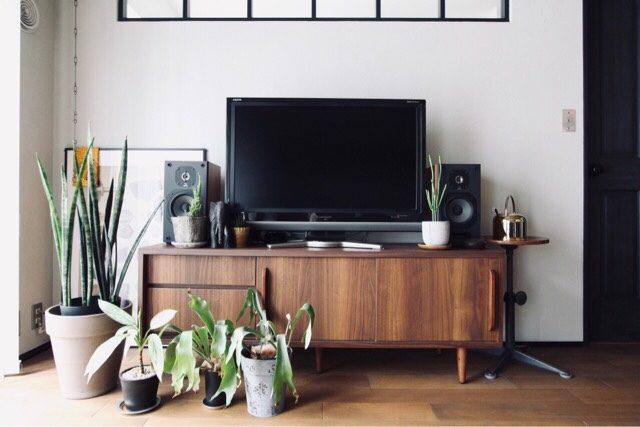 テレビボードまわり