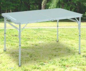キャンプ用のフォールディングテーブル